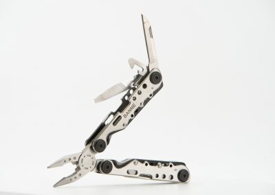 Professional photography shots of a Banne multitool